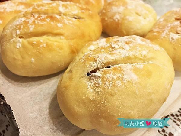 優格蔓越莓麵包