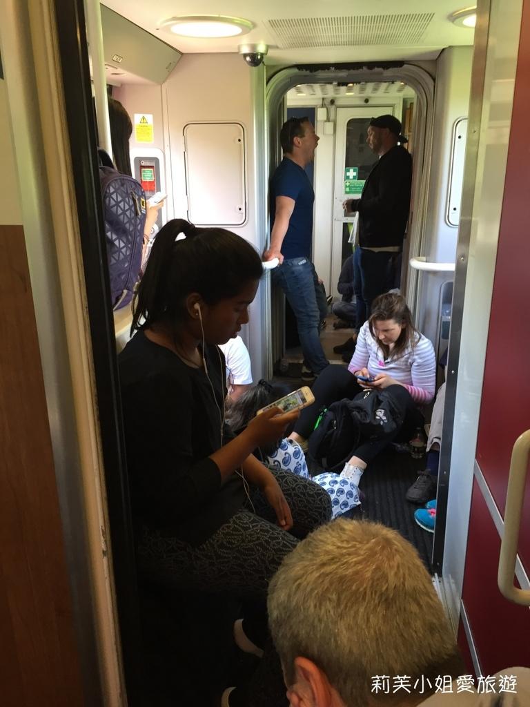 英國火車擠爆