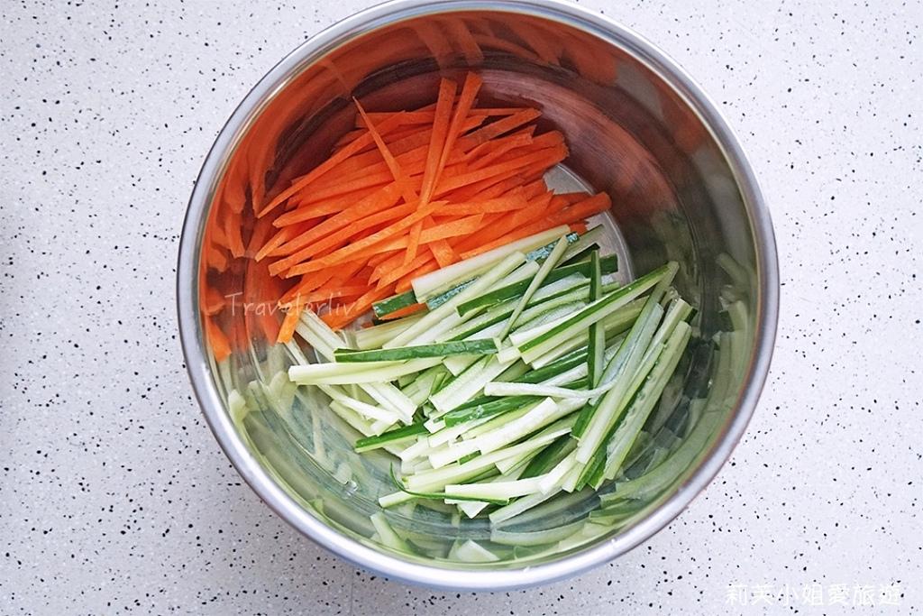 涼拌雞絲小黃瓜
