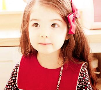 韓國超萌童星 : 四次元撒嬌公主荷娜