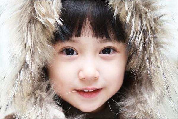 韓國超萌童星 : 韓國大眼娃娃許佳恩