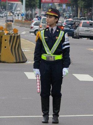 身高165正妹女警