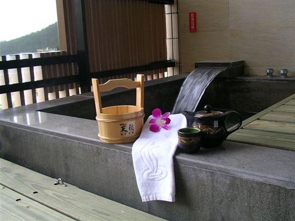 二館溫泉露台.JPG