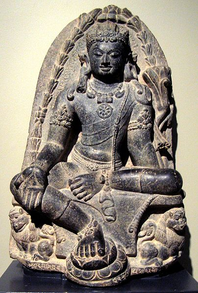 404px-Manjusri_Kumara_(bodhisattva_of_wisdom),_India,_Pala_dynesty,_9th_century,_stone,_Honolulu_Academy_of_Arts.jpg