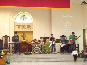 聖誕小樂團.jpg