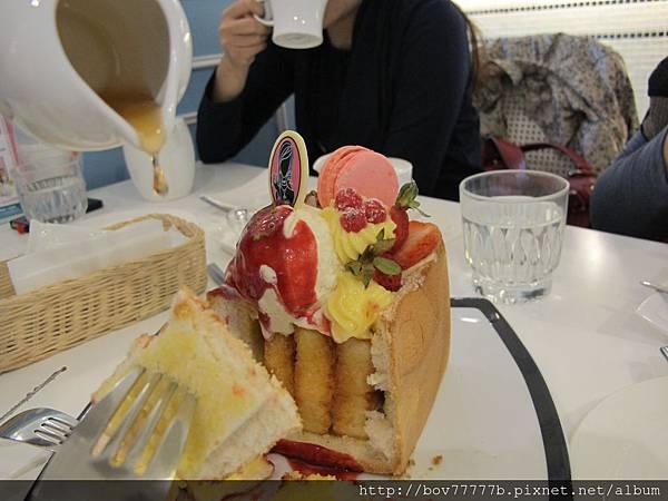 Dazzling Café(Sky)蜜糖吐司 037.jpg