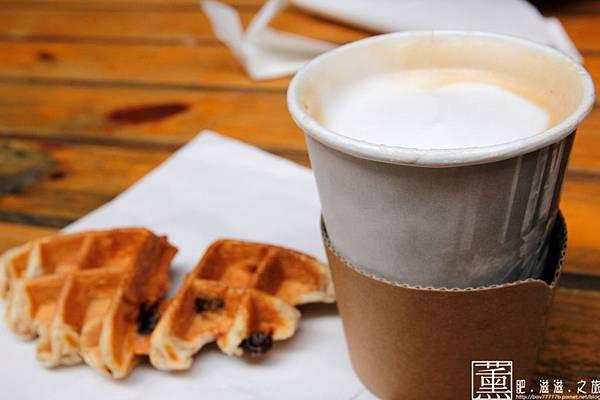 103.09.01 pomi 咖啡(外帶)) 038.jpg