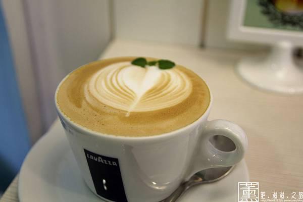 103.09.09 迷鹿咖啡 031.jpg