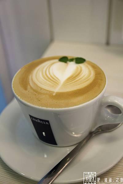 103.09.09 迷鹿咖啡 032.jpg