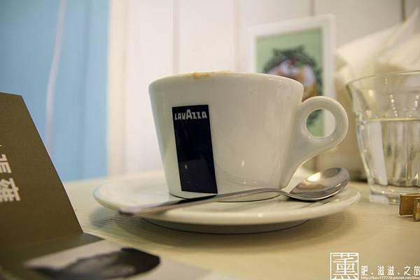 103.09.09 迷鹿咖啡 036.jpg