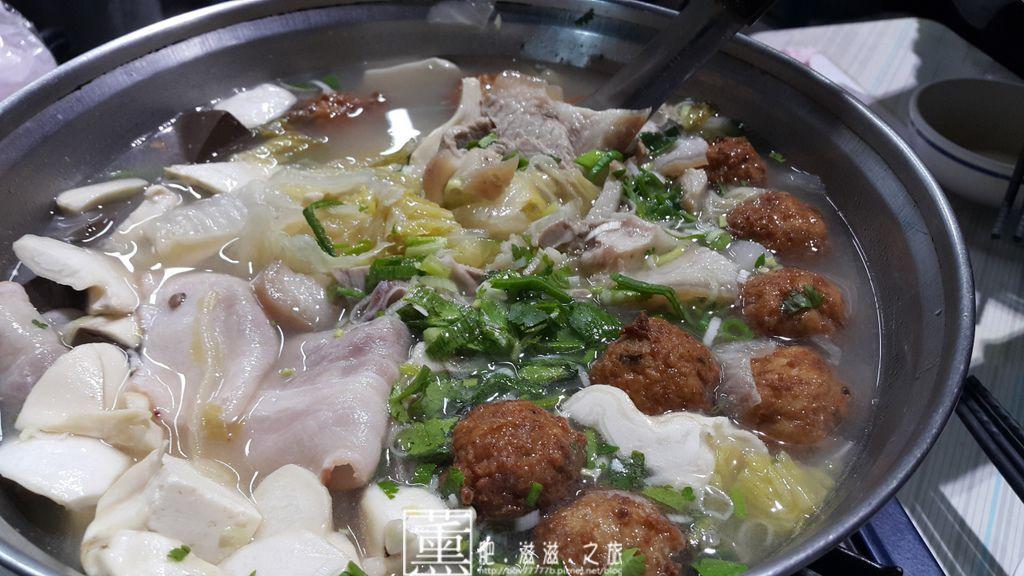 20150302士官長酸菜白肉鍋 015.jpg