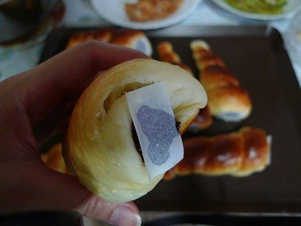 巧克力螺紋麵包