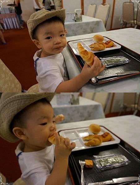 17.咩哥愛吃麵包.jpg