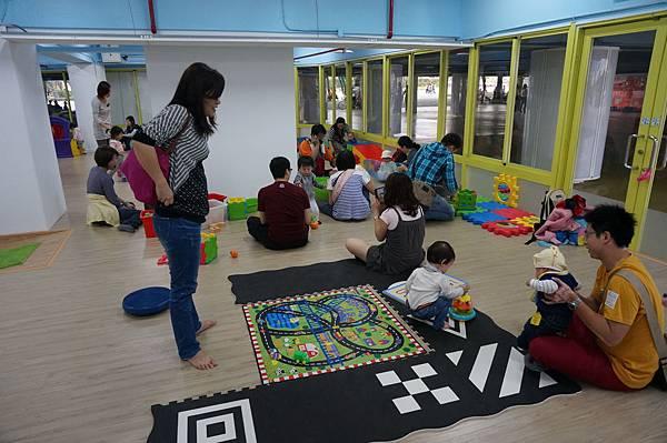7.小小孩遊戲區.JPG