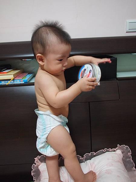 30.1床頭櫃變玩具.JPG