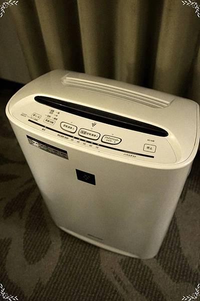 9.空氣清淨加濕器.jpg