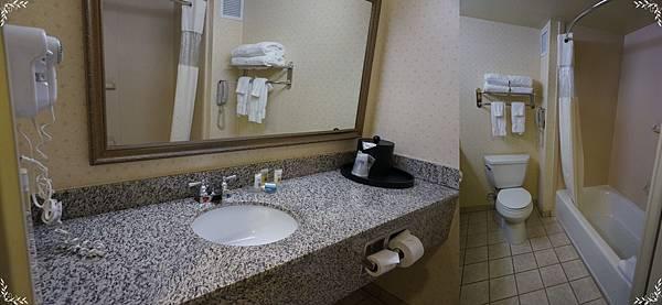 5.restroom.jpg