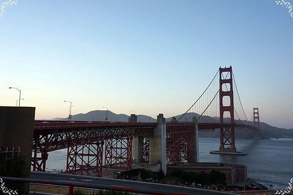 10.Golden Gate Bridge.jpg