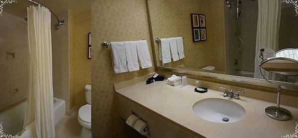 26.restroom.jpg