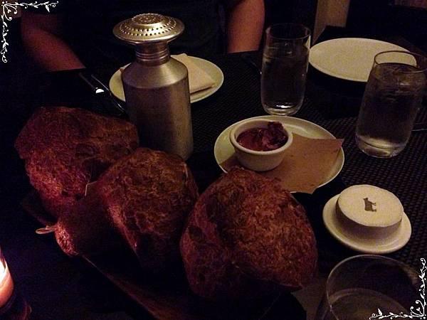 27.bread.jpg