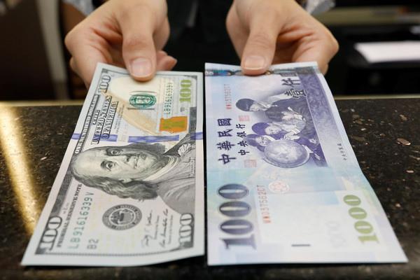 美金兌台幣.jpg