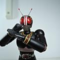 SHF 仮面ライダーブラック 2 (20).JPG