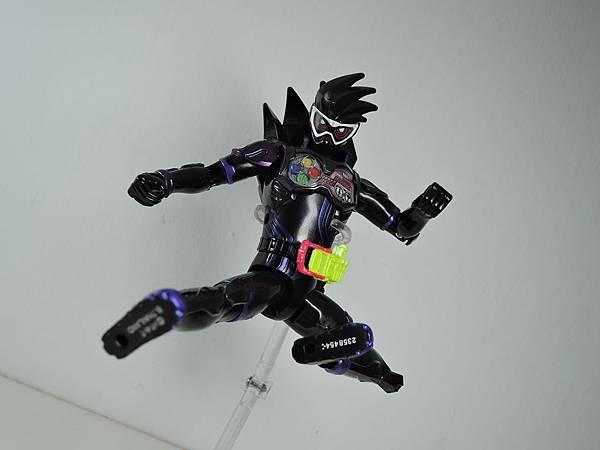 LVUR 仮面ライダーゲンム アクションゲーマーver (39).JPG