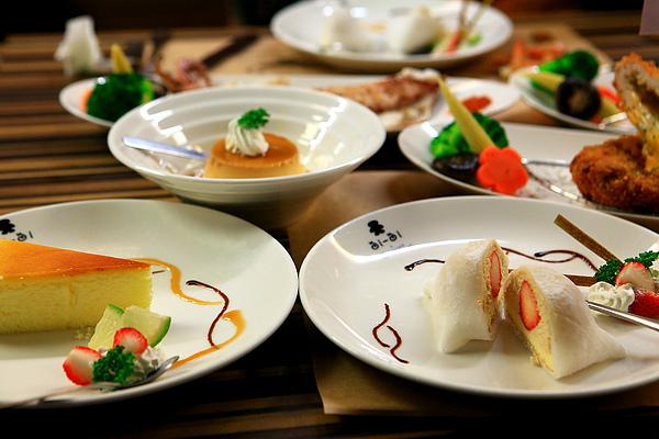 餐,甜點,3選一,起士蛋糕、布丁、草莓大福.JPG