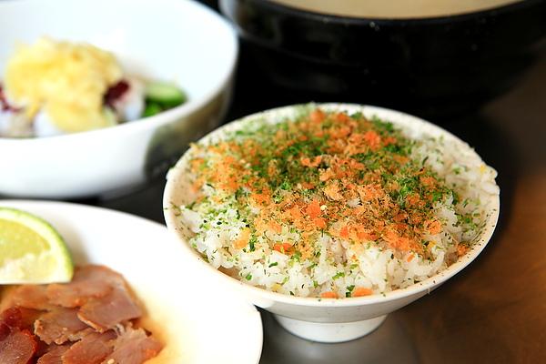 菜-鮭魚鬆飯.JPG