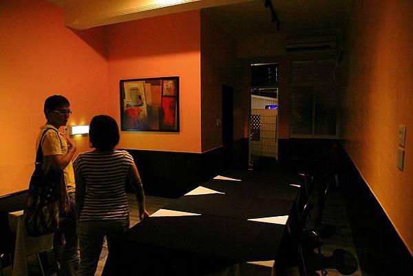 二樓用餐區3.JPG
