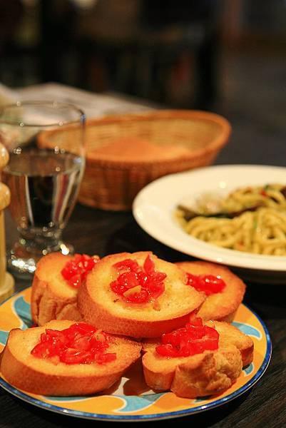 義式蕃茄麵包2.JPG