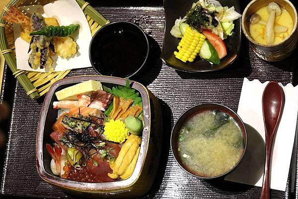 海鮮丼飯定食.jpg