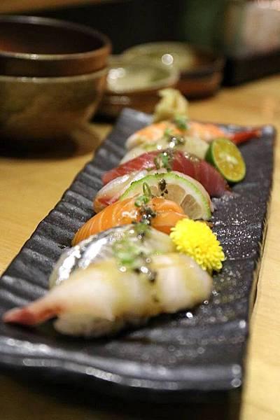 綜合握壽司定食1.jpg