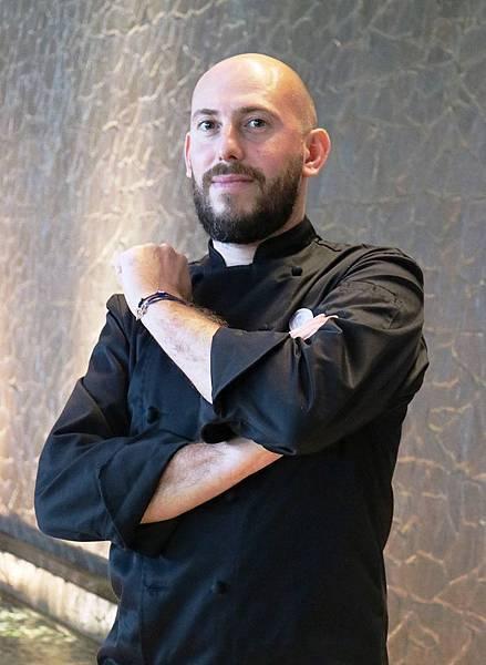 法國百年精品「LV級Weiss巧克力」進軍台灣,首席名廚Damien Piscioneri快閃香格里拉台南遠東飯店發表全球獨家聖誕節甜品