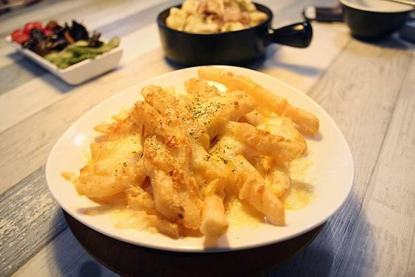 IMG_3979 焗烤薯條-2.jpg