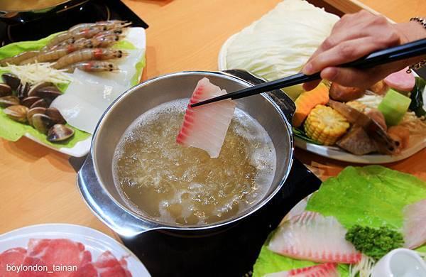 19_IMG_7104_鮮魚鍋2.JPG