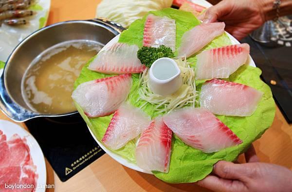 18_IMG_7099-鮮魚鍋1.JPG