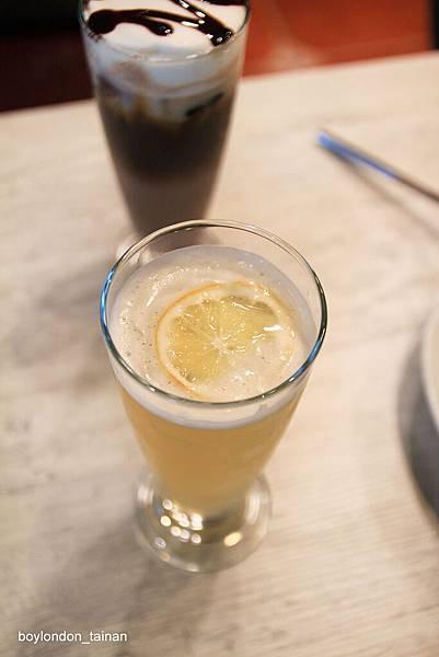 IMG_9754_輕檸香紅茶.JPG