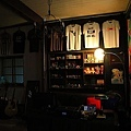 室內,自創品牌的T-shirt.JPG