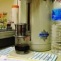 越南冰咖啡,釀造中.JPG