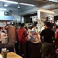 攤位外觀,用餐時間人很多