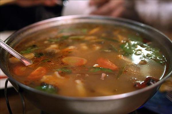 泰味酸辣海鮮湯