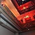 中庭天井看二樓2