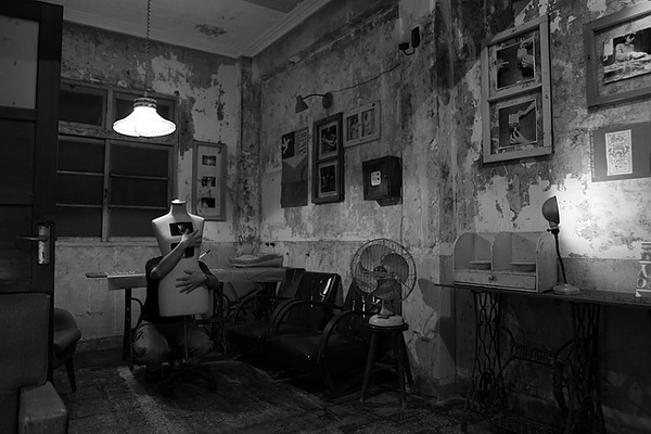 三樓,原未開放的房間,已整理成展覽室 黑白照
