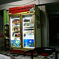 飲料櫃,有賣泰國椰子水