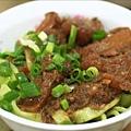 蔬菜刀切牛筋麵