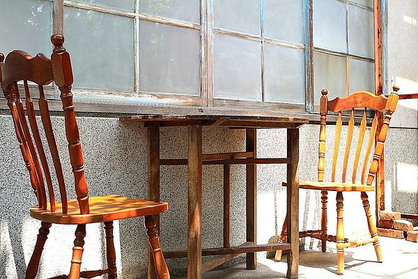 四樓陽台座位,白天