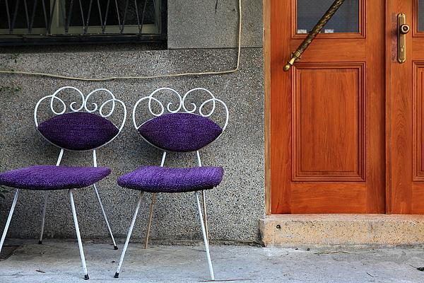 店外觀,小孔雀椅.JPG