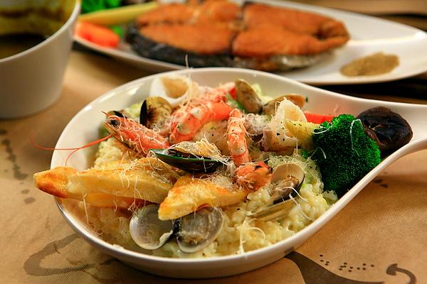 餐,白醬海鮮燉飯.JPG