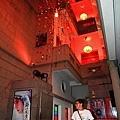 一樓天井 8月28要演舞台劇,所以掛了梅蘭芳